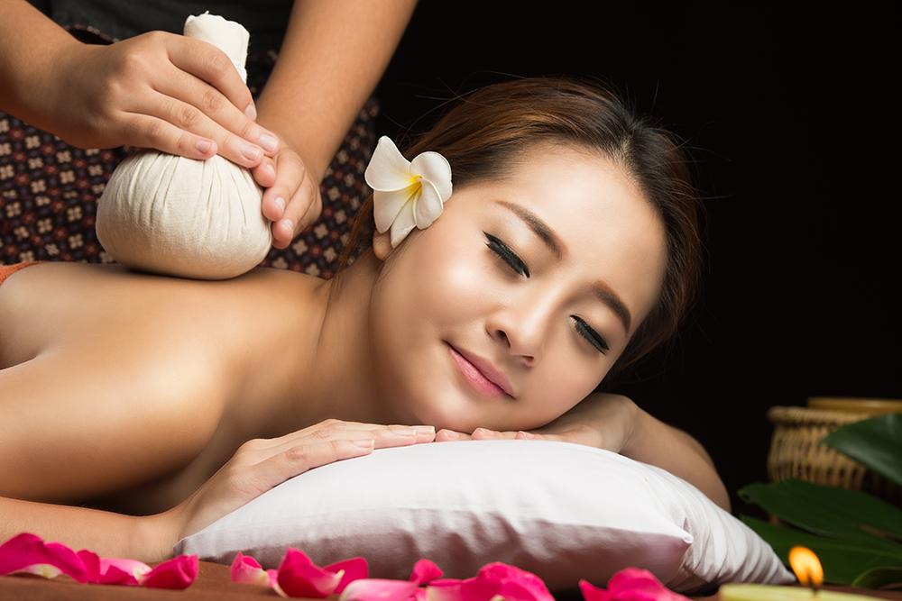 Thai Herbal Compress Massage ($110/90min)